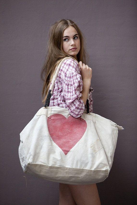 Ali Lamu Weekend Bag HEART by PhilosophieBySophie on Etsy