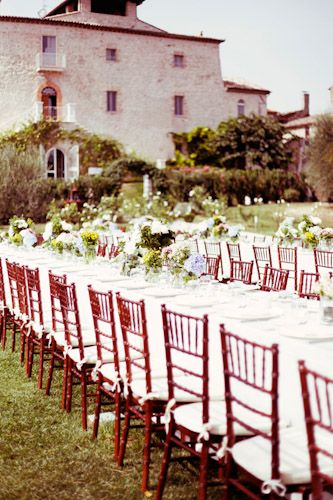 Spectacular Entertaining Events| Italy- Destination Wedding| | Serafini Amelia| Countryside feast wedding in Italy