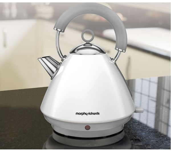 MORPHY RICHARDS Accents 102031 Traditional Kettle - White