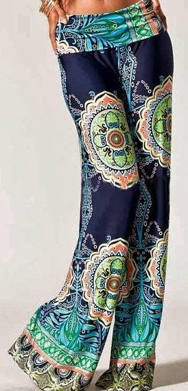 Wide leg tribal print palazzo pants fashion...I'm not sure I could pull these off but they are fantastic | http://www.shivohamyoga.nl/ | #yoga #fashion