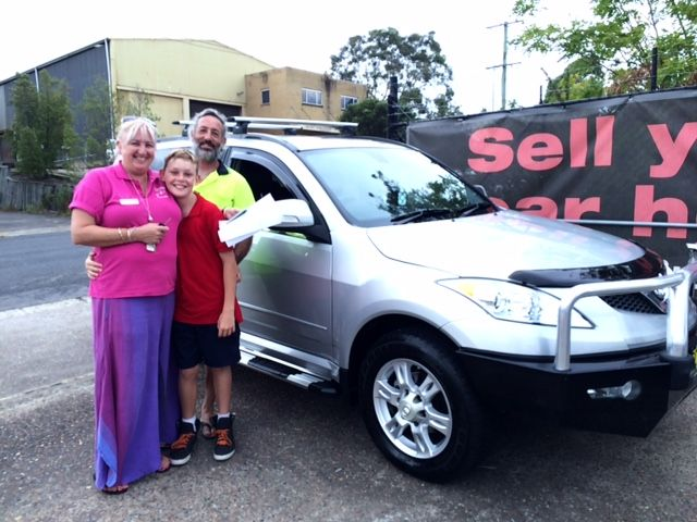 Gill and her family picked up this late model turbo diesel SUV this afternoon. Thanks for visiting motor vehicle wholesale dot com