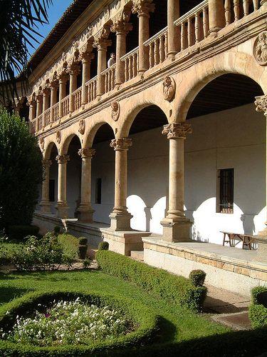 cloister of Convento de las Dueñas, Salamanca #CastillayLeon #Spain