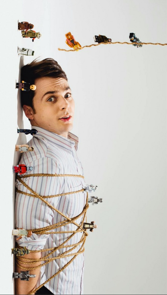 Jim Parsons/Sheldon captured by lego star wars figures! :)