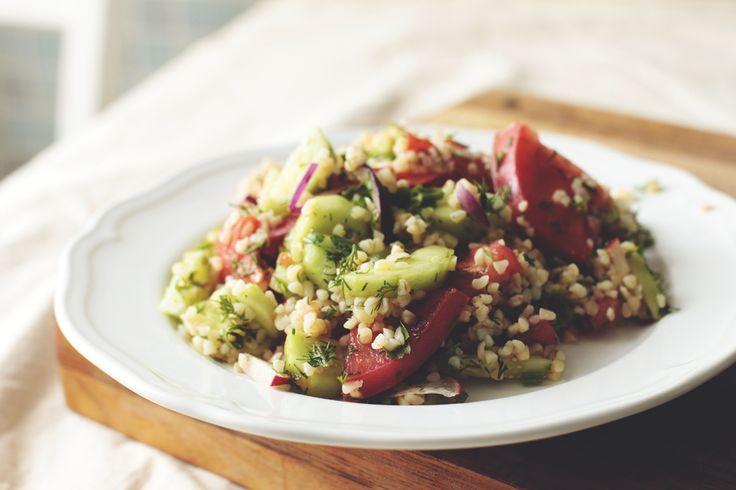 Салат с булгуром и свежими овощами | Веганский рецепт