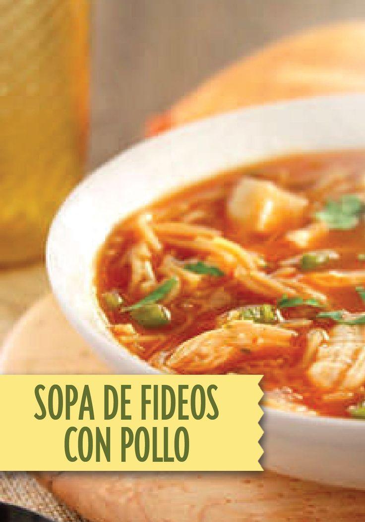 Hunt's Sopa de Fideos con Pollo – a flavorful chicken soup recipe that is perfect for any summer night!