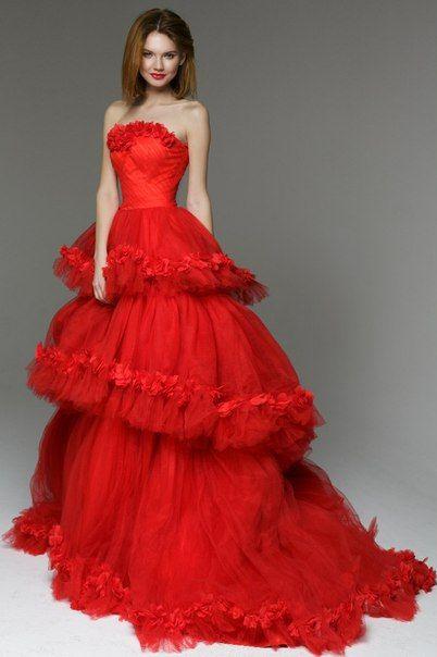 Пышные платья красные фото