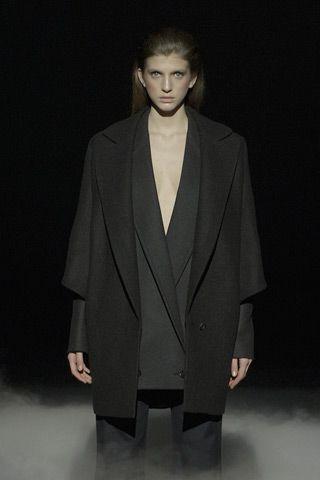 Hussein Chalayan A/W 2011: Chalayan F11, Fashion Photo, Black Clothing, Paris Fashion Week,  Suits Of Clothing, Chalayan Fall, Chalayan Aw, Hussein Chalayan, Fashion Inspiration