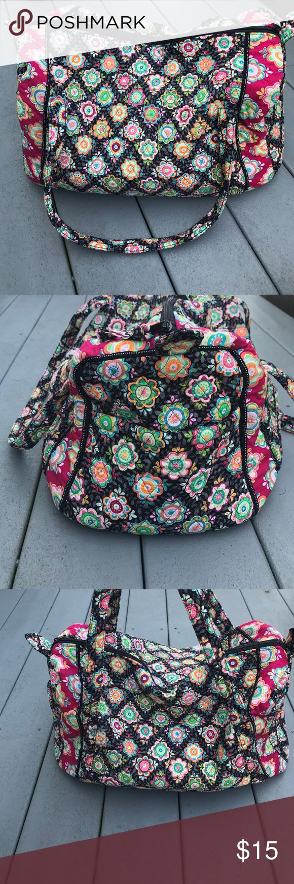 Vera Bradley Inspired Weekend Bag Excellent condition, Vera Bradley inspired weekender bag! Washable & comes from a smoke free home! Same or next day shipping on all purchases!! ➡️Make an offer! Bags Travel Bags