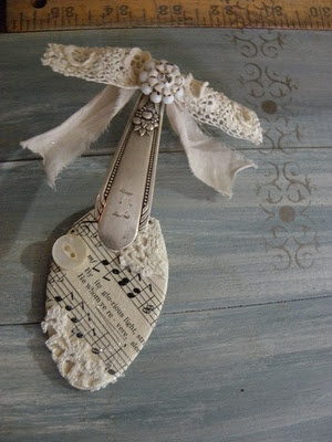 Laurie's Charming Designs: Latest Spoon Ornament
