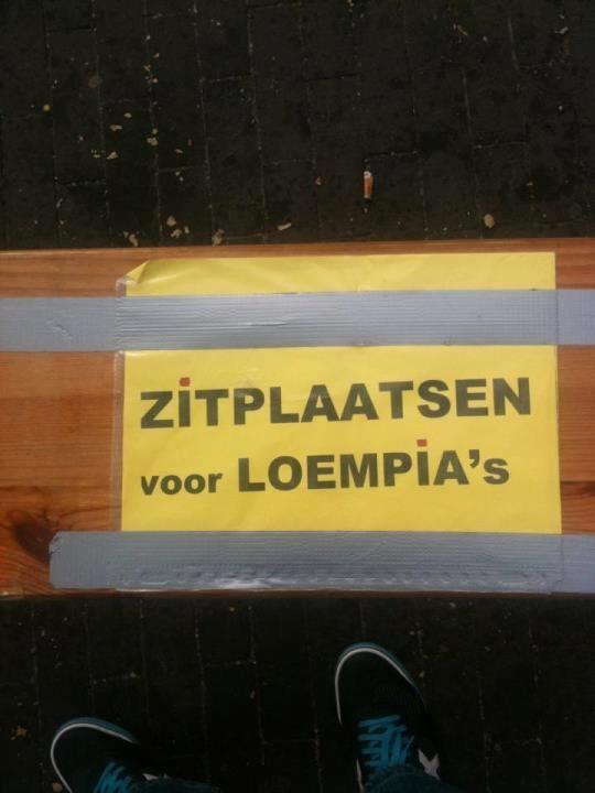 Zitplaatsen voor loempia's. Sommige boodschappen zijn behoorlijk dubbelzinnig. De grappigste voorbeelden hiervan vind je op Taalvoutjes.nl. Plus echte taalfouten.