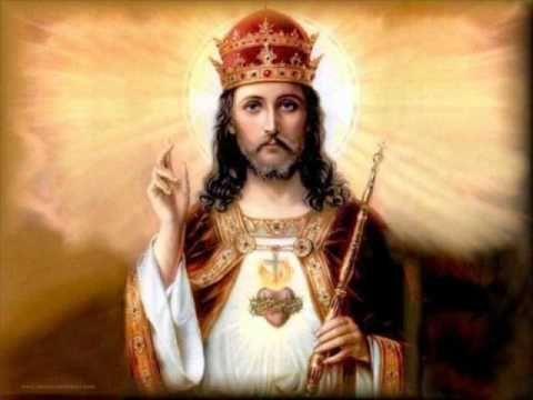 CHRISTUS REX REX REGUM ET DOMINUS DOMINANTIUM KRÓL KRÓLÓW I PAN PANUJĄCYCH KONGERS KONGE OG HERRERS HERRE REI DOS REIS E SENHOR DOS SENHORES REY DE REYES Y SEŃOR DE SEŃORES KING OF KINGS AND LORD OF LORDS KONUNGARNAS KONUNG OCH HERRARNAS HERRE