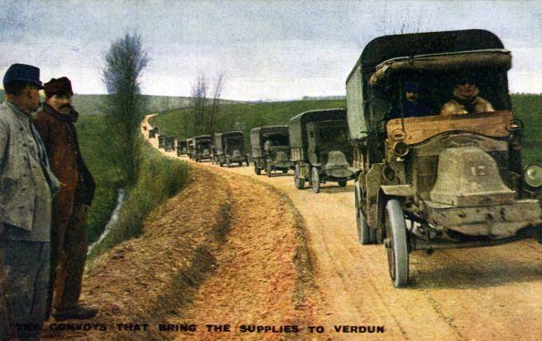 Convoys bringing supplies to Verdun during World War I Official photograph of 'La Section Photographique de l'Armée Française'