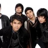 Lyla adalah grup band pop asal kota Jakarta yang terbentuk pada tahun 2008 dengan formasi Indra Perdana Sinaga alias Naga (vocal), Dharma (Keyboard ), Fare Adinata ( Guitar), Dennis Rizky (Bass) dan Amec Jen Aris (Drum). Awalnya band ini bernama mahameru yang terbentuk pada tahun 2001 , nama mahameru ini diambil dari salah satu judul lagu band OASIS.