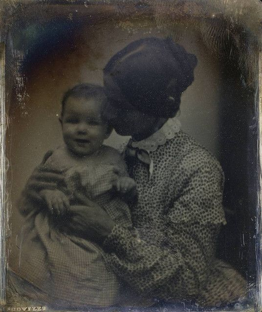 Unidentified Mother & Child, ca. 1850, by Southworth & Hawes #vintage