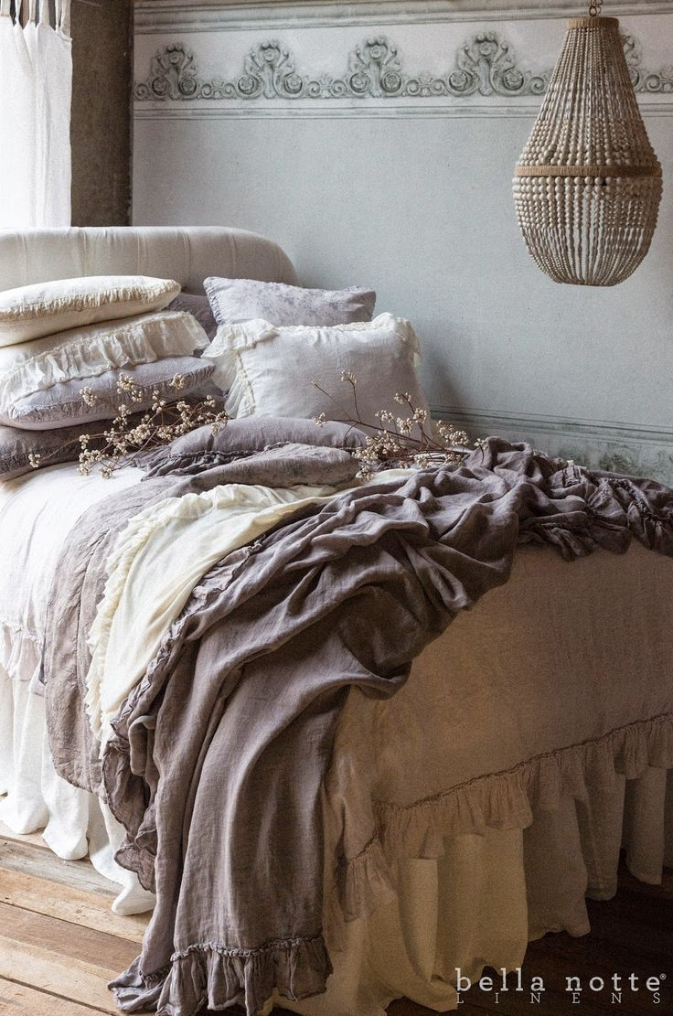 Bella Blog.: INTRODUCING WINTER WHITE: A NEW BEDROOM FAVORITE: