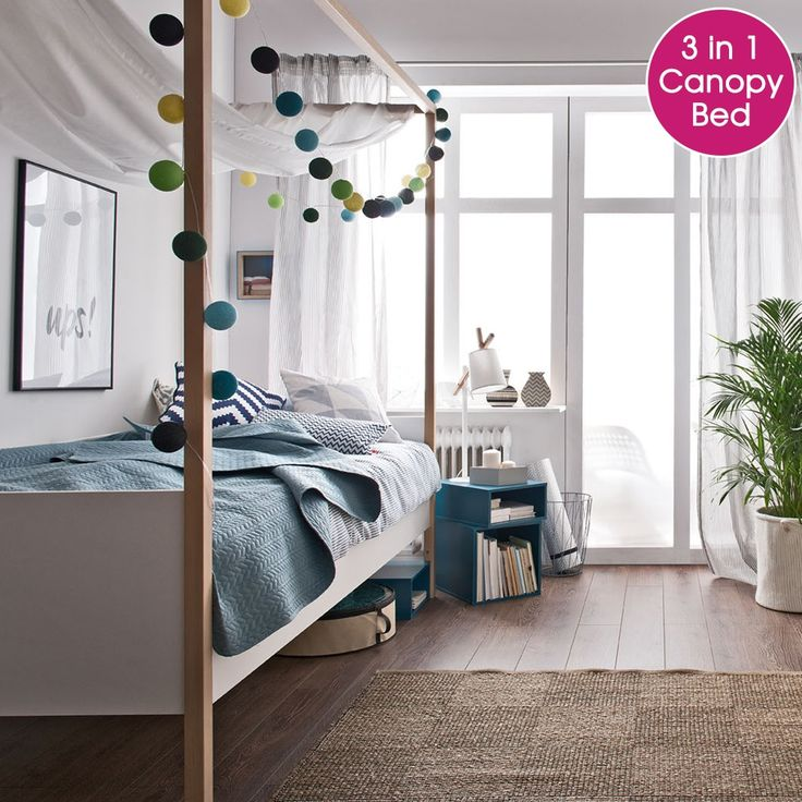 4You 4 Poster Single Bed in White & Oak Finish | This contemporary, Scandi-style single bed has an adjustable height to see kids through from toddler to teen!