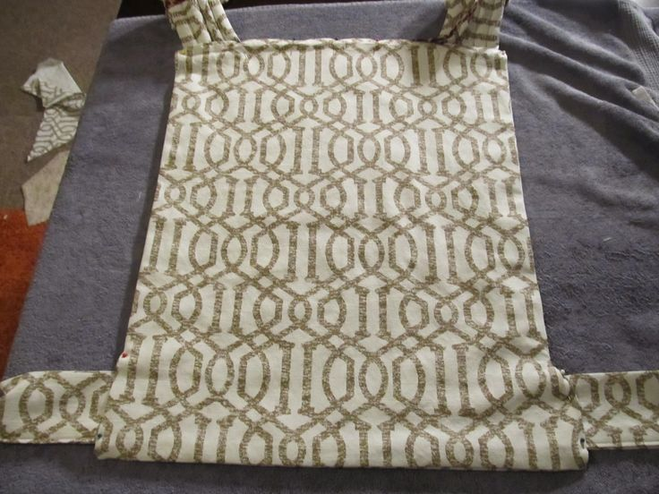 http://www.fineandfairblog.com/2014/02/diy-tablecloth-onbuhimo-tutorial.html