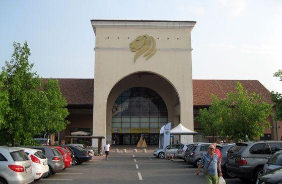 Gardameer_winkelen-il-leone-desenzano HM ZARA