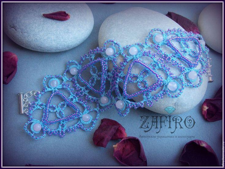 """Купить Кружевной браслет """"Голубая лагуна"""" - голубой, сиреневый, розовый, кружевное украшение, ажурное украшение"""
