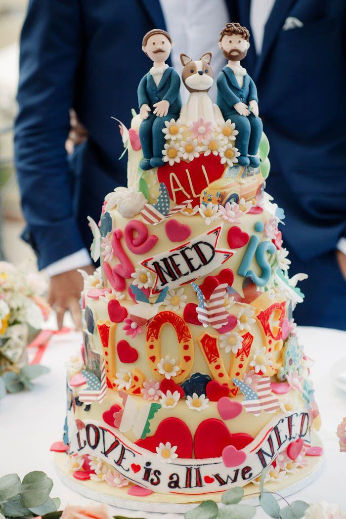 Beatles lyric cake   Image by Carla Penoncelli