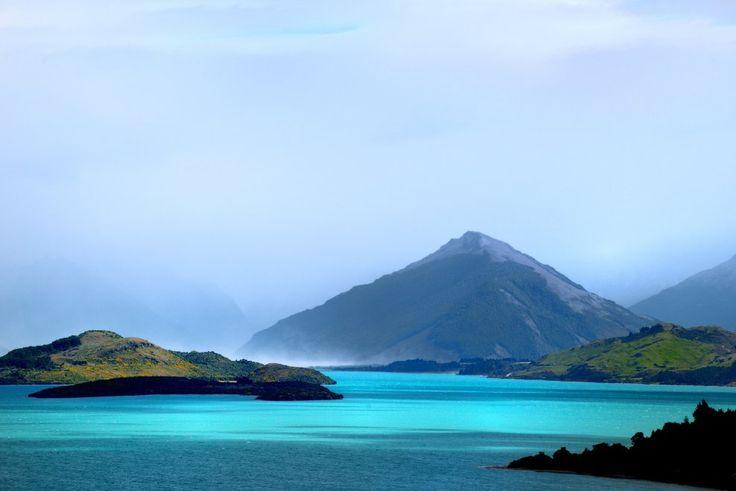 Nuova Zelanda, Lago Wakatipu (Flickr: Andrii Slonchak)<br/>Per chi ama l'avventura, la Nuova Zelanda è la meta ideale. Sono molte le attività offerte ai viaggiatori solitari come il bungee jumping, le gite in bicicletta e le immancabili crociere in barca<br/><br/>