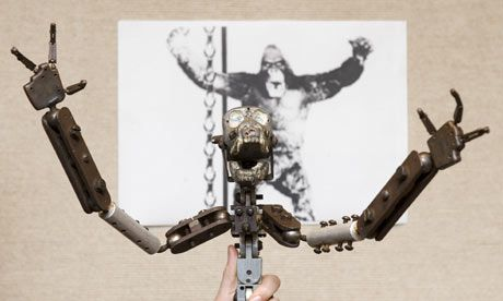 King Kong skeleton ~ Sold for 120,000 pounds in England in 2009. WILD !