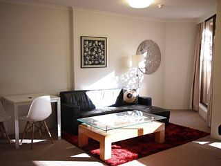 City spacious 1 bedroom apartmentHoliday Rental in Sydney CBD from @HomeAwayUK #holiday #rental #travel #homeaway