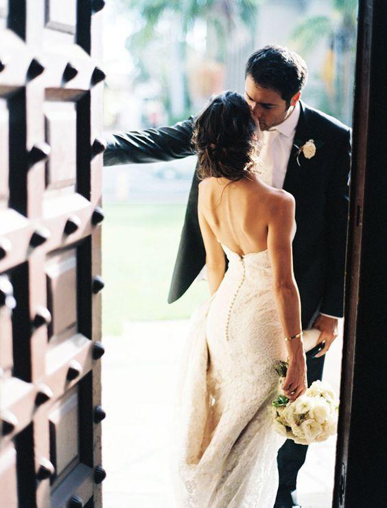 Bride and Groom Wedding Photo Ideas 2
