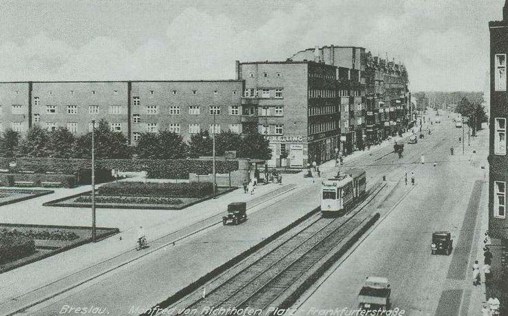 Manfred von Richthofen Platz (Plac Wiślany) i Frankfurterstraße (ul. Legnicka).