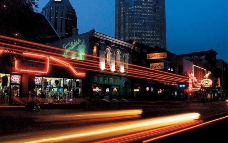 Broadway Historic District: Honky Tonk Highway | Tennessee Vacation