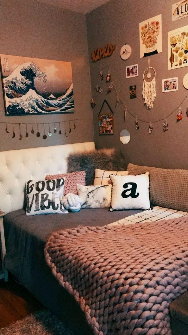 42+ Cute Girls Bedroom Ideas For Small Rooms #bedroomideas #bedroomdesign #bedro