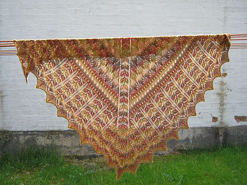 The 193 Best Knitted Shawls Free Patterns Images On Pinterest