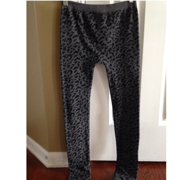 Fleece Cheetah Leggings Price:8 Size: small/medium Description:very cute cheetah leggings Condition: never worn outside the house  Looks great with: oversized blouse or button up shirt unkown Pants Leggings