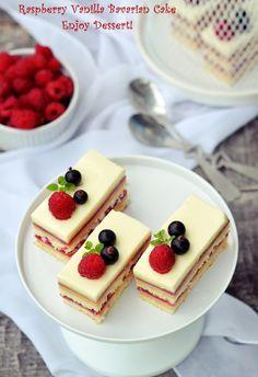 Prajitura cu bavareza de vanilie si zmeura