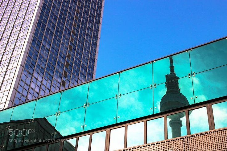 Torre della Televisione -Berlino by Francobollo