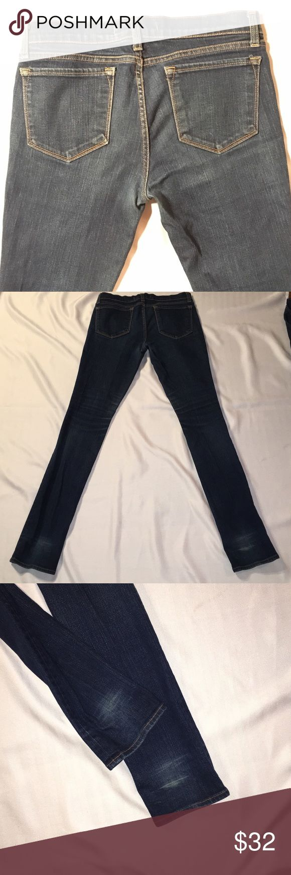 "J Brand Skinny Jeans. Good condition J Brand skinny jeans.  Inseam about 33"".  Smoke free, pet free home J Brand Jeans Skinny"