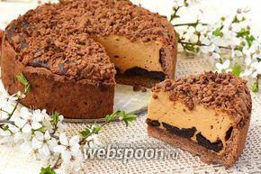 Фото Карамельный сырник с черносливом