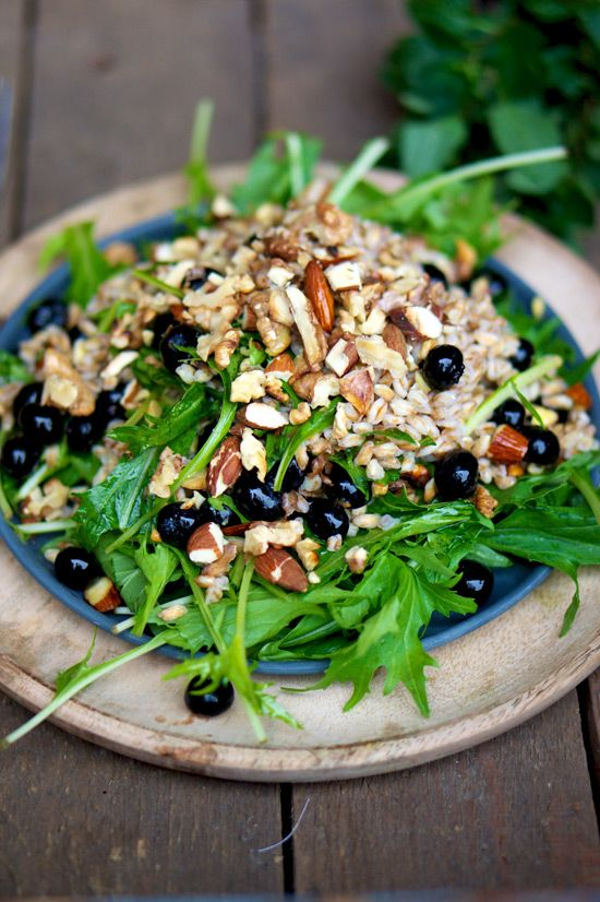 nuts and berry salad