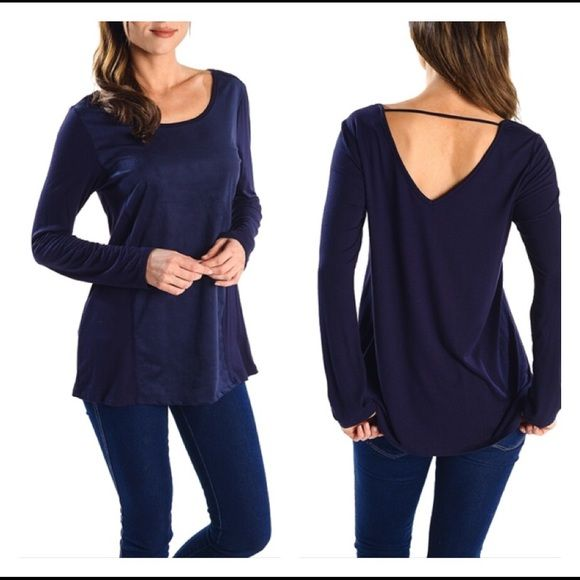 🎉HP🎉 V back navy casual top So cute! Front suede like panel makes this top super slimming! Rayon spandex blend. Please ask specific questions regarding size as specific measurements will be updated ASAP 🌺💕 Tops Tees - Long Sleeve