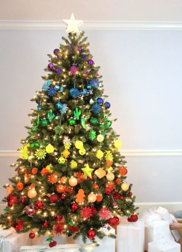 1000+ ideas about Creative Christmas Trees on Pinterest ...