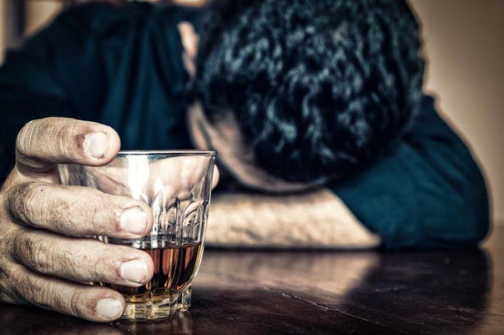 Quando si decide di smettere di bere alcolici i risultati si vedono e come che si vedono! Non trovate scuse dicendo che bevete solo un bicchiere o mezzo,