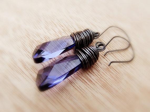 Fülbevaló inspiráció Swarovski Elements #6690 Szárny medálból Tanzanite színben