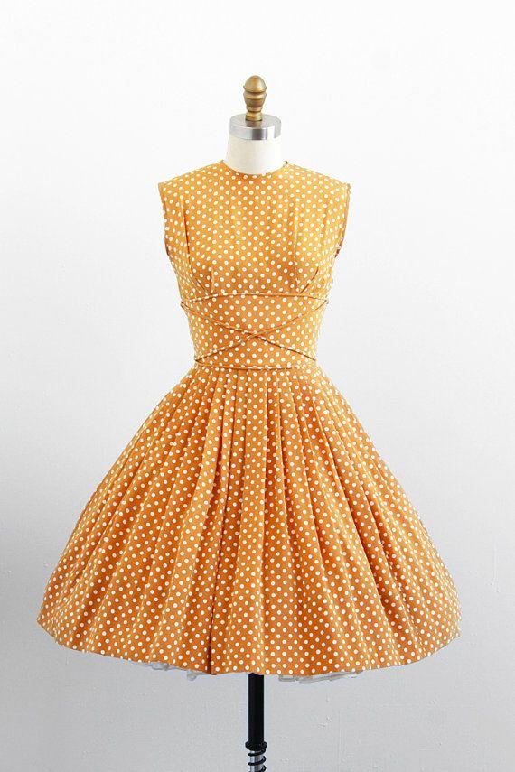 vintage 1950s dress great waist detail