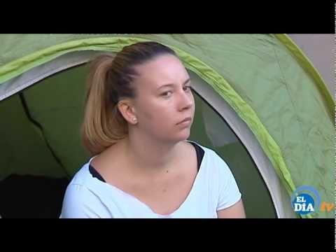 En huelga de hambre contra el desalojo de la vivienda que ocupa en Santa Cruz de Tenerife - YouTube