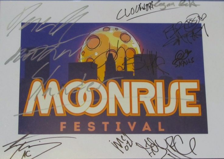 In celebration of hitting 10,000 Facebook fans, Smithson Martin is giving you the chance to win this one-of-a-kind framed poster from Moonrise Festival ENTER NOW!