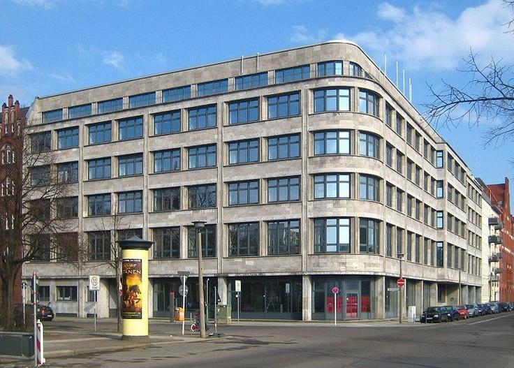 Bruno + Max Taut - German Traffic Union (Berlin, 1932)