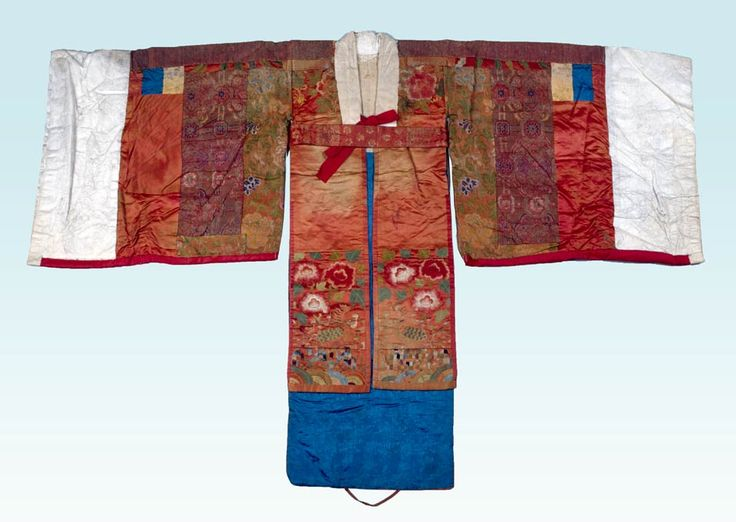 Korea, Seol, Hwarot (bridal robe), Silk, paper, cotton, wool, metallic thread, 18th century