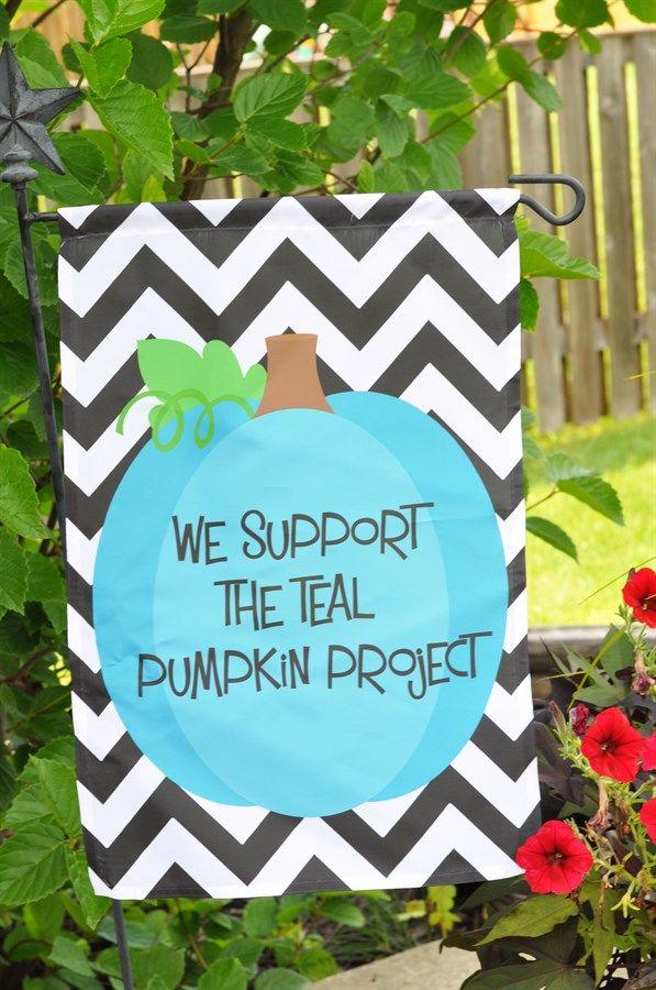 Teal Pumpkin Project Garden Flag   Jane