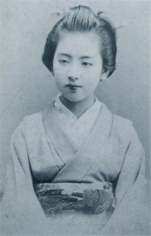 taishou-kun: Tokugawa Yasuko 徳川保子 (1875-1950), third daughter of Shogun Tokugawa Yoshinobu 徳川慶喜 (1837-1913) - Japan - 1891
