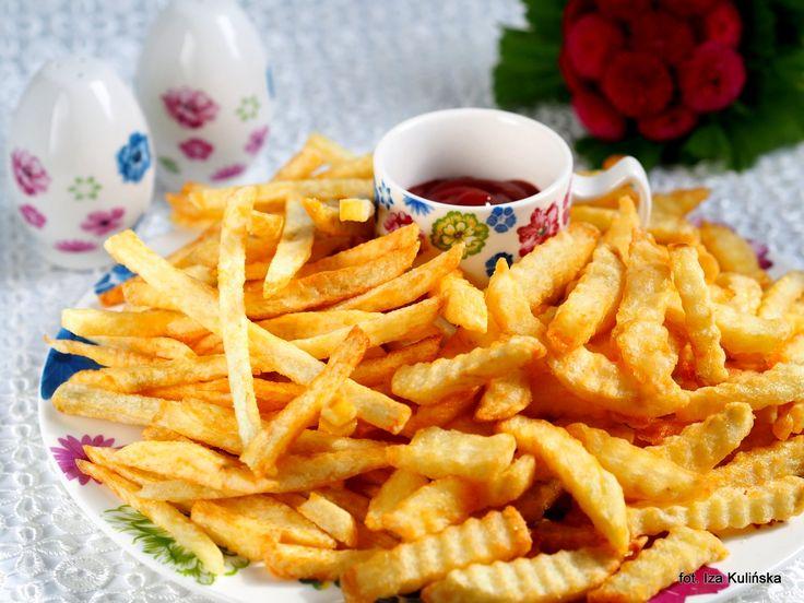 Smaczna Pyza: Jak zrobić najlepsze domowe frytki ? Smażone na oleju rzepakowym.